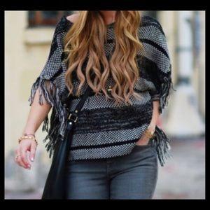 Lucky Brand boho fringe black/white sweater, S.